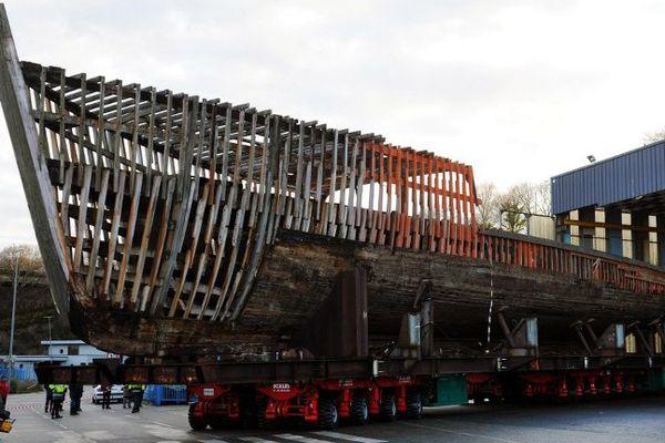 La Calypso le jour de sa sortie du hangar du chantier naval Piriou