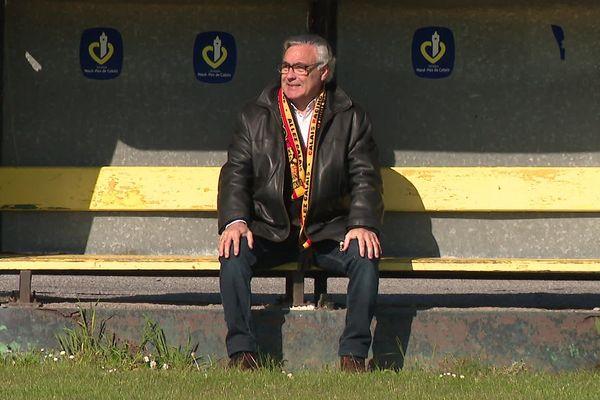 Ladislas Lozano sur le banc du stade Julien-Denis, 20 ans après