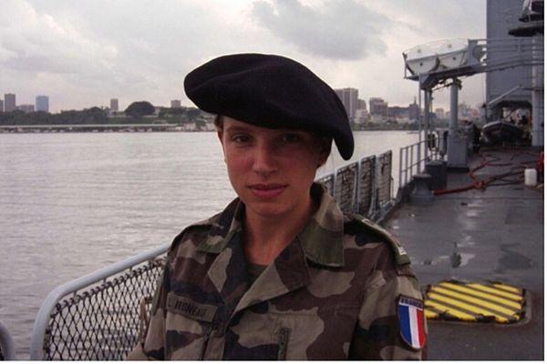Laêtitia Saint-Paul, intègre la prestigieuse école militaire de Saint-Cyr en 2002