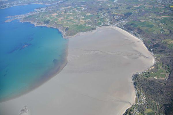Pas de trace d'échouages d'algues vertes en Baie de Saint-Michel-en-Grève