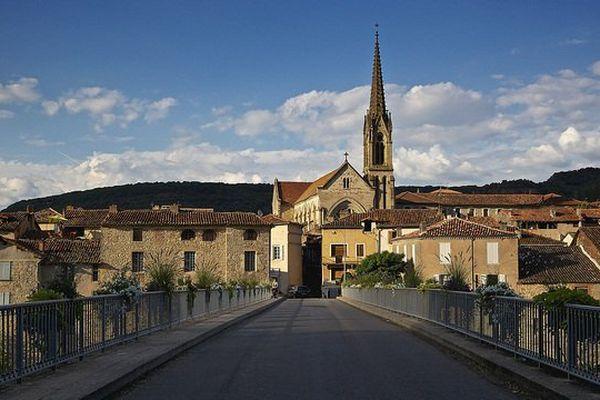 """Saint-Antonin-Noble-Val est un village très prisé des touristes en Occitanie depuis son classement en """"Village préféré des Français""""."""