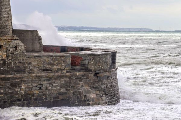 Grandes marées du lundi 26avril au jeudi 29avril2021, de forts coefficients de marée sont attendus, allant jusqu'à 111 à marée haute pour mercredi