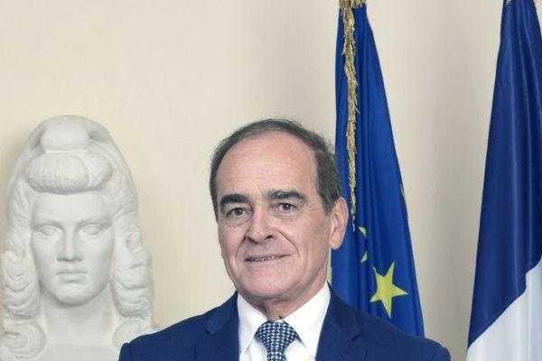 """Jean-Pierre Bouquet:""""Nous devons pouvoir relancer les marchés publics"""""""