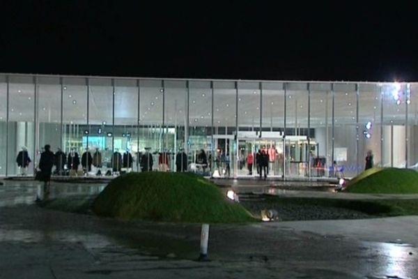 Le Louvre-Lens resté ouvert toute la nuit de samedi 8 à dimanche 9 décembre.