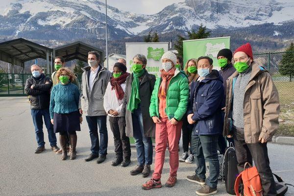 Eric Piolle et Fabienne Grébert à Passy dans la vallée de l'Arve en Haute-Savoiece samedi 20 mars.
