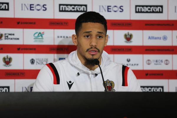 William Saliba lors de sa conférence de presse de présentation à l'OGC Nice le 8 janvier dernier.