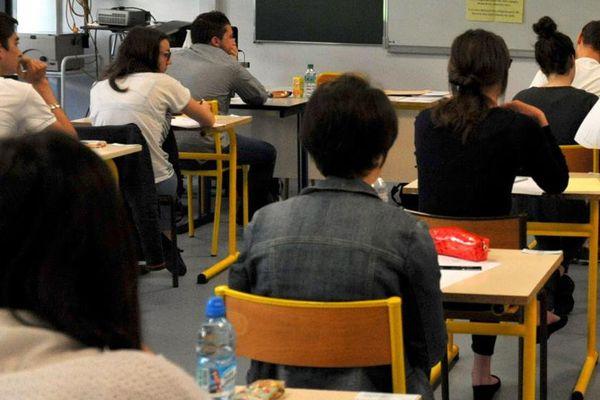 Pendant les épreuves du baccalauréat de philosophie 2014.