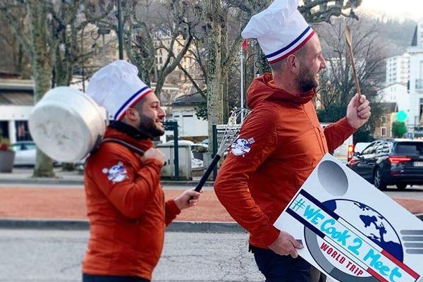 Clément et Franck partiront début mars pour leur tour du monde.