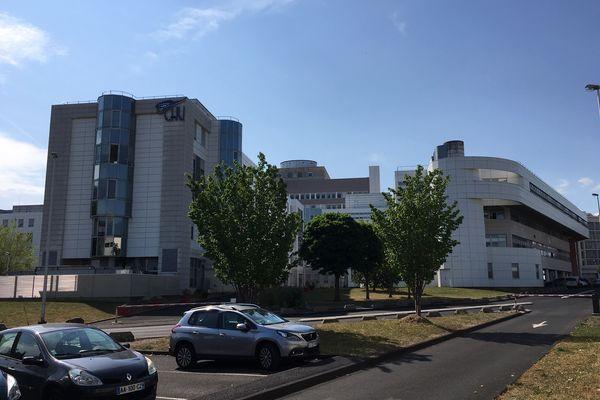 Au CHU de Clermont-Ferrand, les syndicats redoutent une hémorragie au niveau du personnel, aggravée par la mise en place du pass sanitaire.