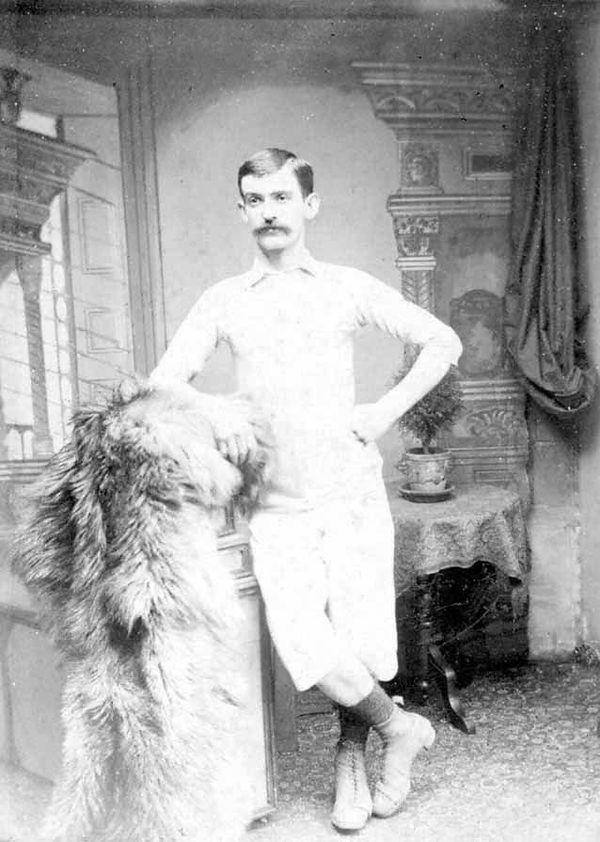 Le véritable Fergus Suter photographié dans les années 1880.