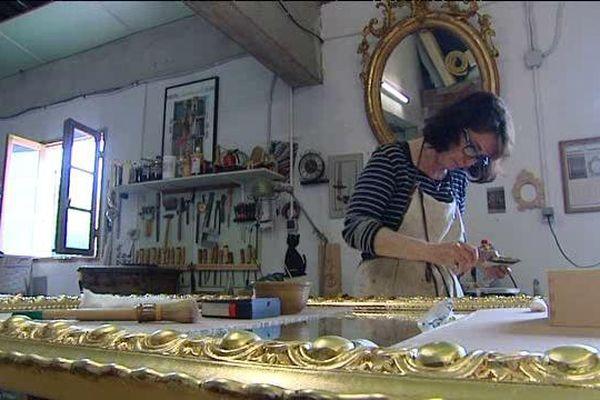 Catherine Koenig dans son atelier