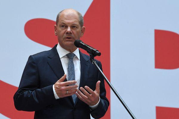 Olaf Scholz, candidat chancelier des sociaux-démocrates allemands (SPD), le 27 septembre 2021 à Berlin, en Allemagne.
