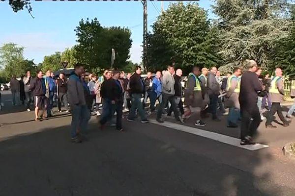 Les GM&S devant l'usine Renault à Flins ce mercredi 6 septembre