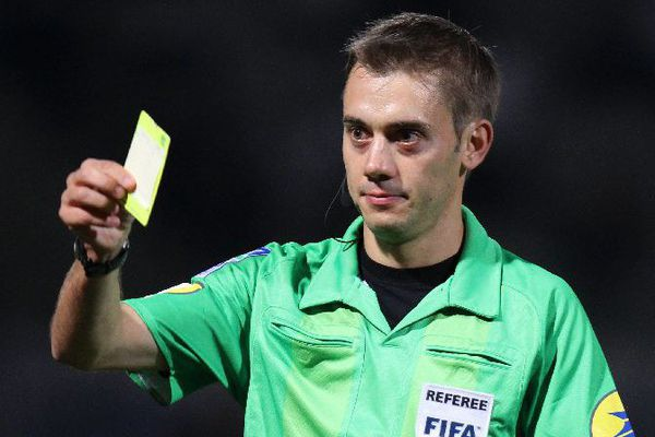 Clément Turpin, arbitre international de football