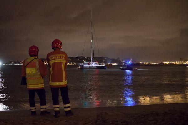 Opération de secours au large de l'île Maïre par le BMPM
