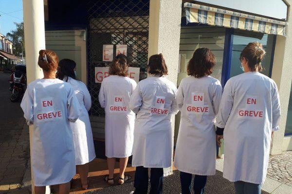 Des salariés des laboratoires Oxylab du Puy-de-Dôme, de la Haute-Loire et du Cantal sont en grève depuis le jeudi 17 septembre.