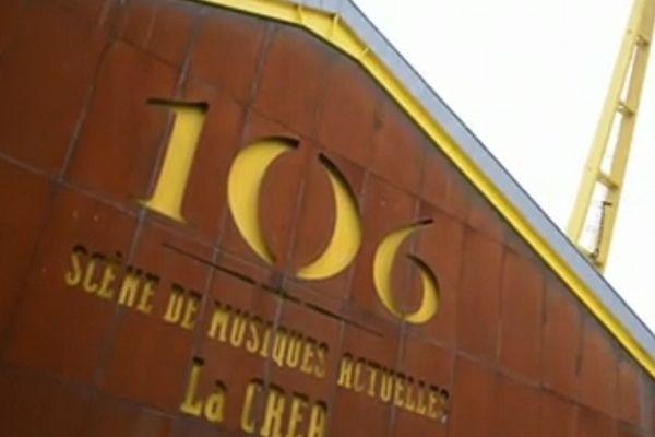 Le 106 accueille une exposition sur les fans.