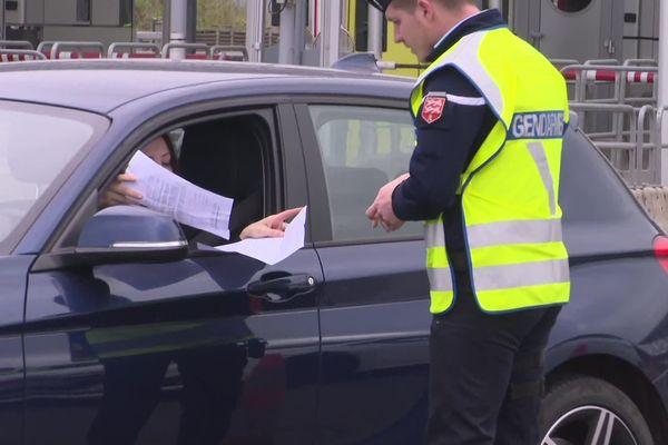 Confinement et vacances : les contrôles de Gendarmerie renforcés pour contrer les éventuels départs à Pâques