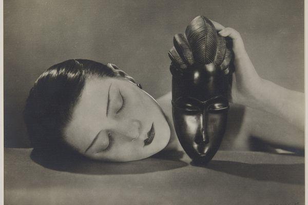 """""""Noire et blanche"""", une photo signée Man Ray à voir au Couvent des Jacobins à Rennes qui propose une nouvelle exposition de la collection Pinault"""