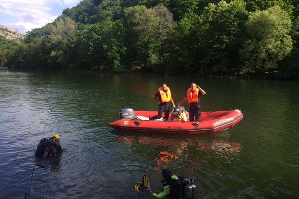 Intervention des Pompiers du Doubs à la suite d'une noyade