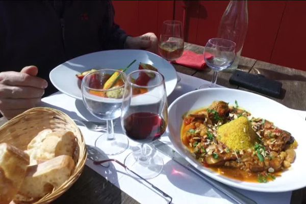 Piquillos farcis ou tajine d'agneau du Limousin ce jour-là à Montrol-Sénard
