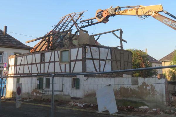 La maison Greder de Geudertheim, construite en 1662 et agrandit au XIXe siècle, a été détruite sur ordre de la mairie, le 30 septembre 2020.
