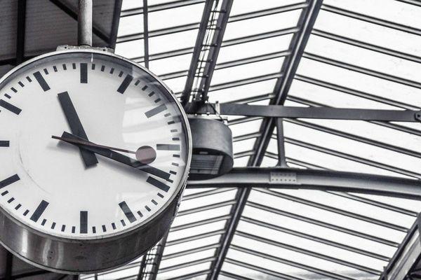 13 lignes de trains sur 25 accusent des retards et n'atteignent pas les objectifs de ponctualité de la région Centre-Val de Loire.