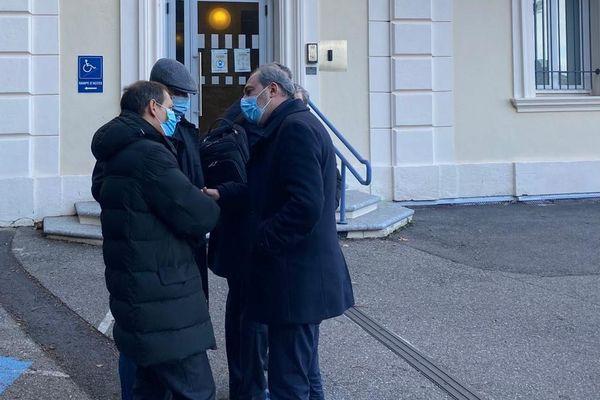 Jean-Sébastien de Casalta (gauche) et Jean Zuccarelli (droite) au sortir de l'audience, ce mercredi 20 janvier.