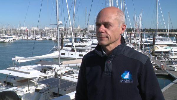 Bertrand Moquay, directeur du port de plaisance de la Rochelle, obligé de jouer au jeu des chaises musicales pour loger les bateaux neufs