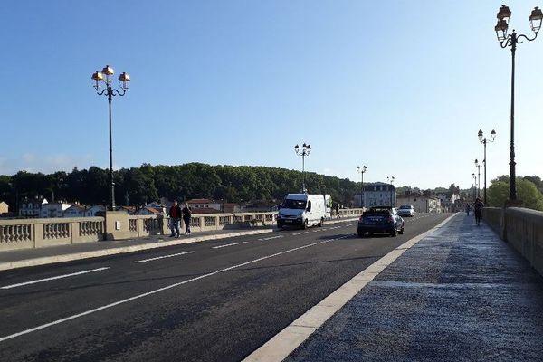 Le Pont St-Esprit de nouveau ouvert à la circulation entre les 2 rives à Bayonne