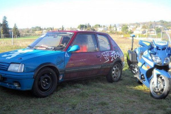 Samedi 23 janvier ce véhicule a tenté de s'insérer dans la course du Rallye de Monte-Carlo.