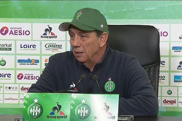 Jean-Louis Gasset, le coach de l'AS ST Etienne regrette la sanction qui frappe les supporters stéphanois