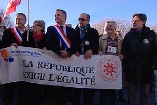 Le maire de Montpellier et plusieurs députés PS et EELV de la région ont pris la tête du cortège