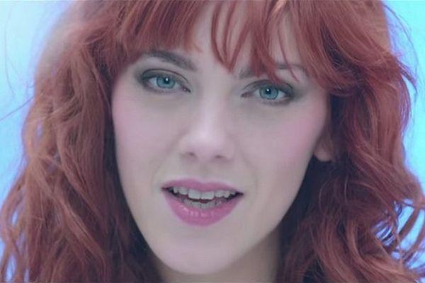 Anaïs Delva, la voix française d'Elsa dans La Reine des Neiges