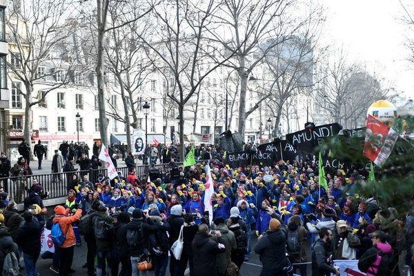 La manifestation est partie de la place de la République ce vendredi matin à 11 heures.