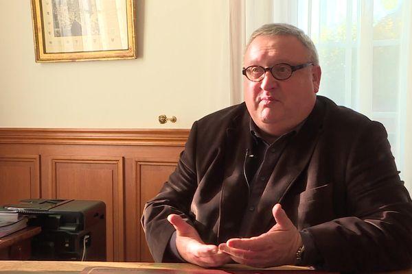 Bruno Fortier avait été réélu maire de Crépy-en-Valois dans l'Oise au second tour en juin 2020.
