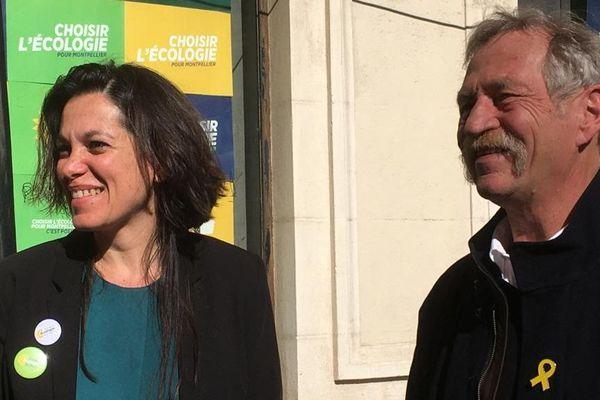 José Bové aux côtés de Coralie Mantion, la candidate EELV, ce vendredi 28 février à Montpellier