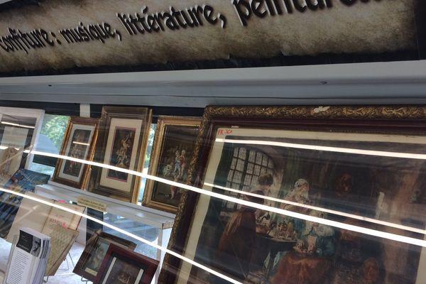 En dehors de l'outillage, Fabrice Krencker a déniché de multiples sources de documentation (manuscrits, peintures), pour renseigner l'histoire de la confiture depuis le XVIe siècle.