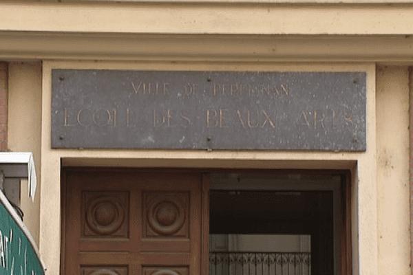 L'école des beaux-arts de Perpignan est jugée trop coûteuse par la municipalité.
