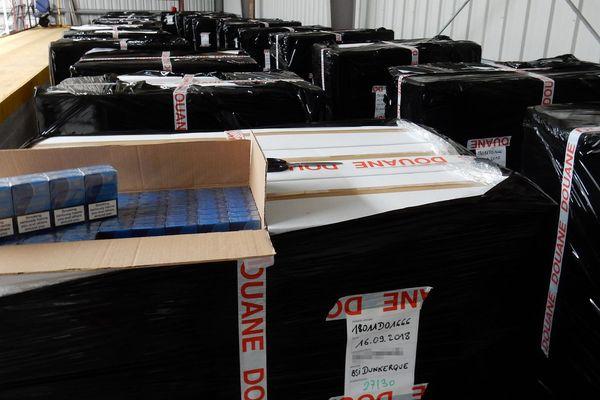 6,4 tonnes de cigarettes de contrebande ont été saisies par la douane de Dunkerque, le 16 septembre au terminal ferry de Loon-Plage.