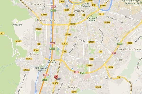 La maison qui était occupée se trouve au 119 cours Jean Jaurès à Échirolles.