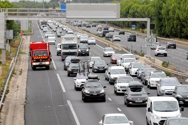 Les autoroutes et bandes d'arrêt d'urgence sont des endroits mortels pour piétons et cyclistes