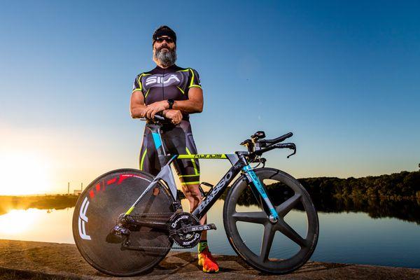 En 2016, Dany Perray lance Ironfrance et finalise les neuf triathlons XXL du territoire français dont 4 Xtrems. En 2018, il termine l'Enduroman en reliant Londres et Paris en 60 heures.