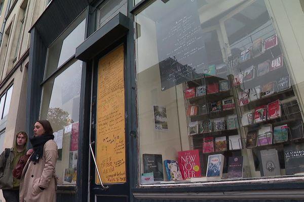 La librairie Meura, rue de Valmy, ferme ses portes temporairement.