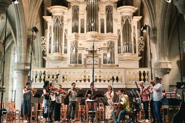 Cette année, crise sanitaire oblige, le festival Bach en Combrailles sera présenté sur un week-end seulement, les 15 et 16 août, et dans un seul lieu l'église de Pontaumur dans le Puy-de-Dôme.