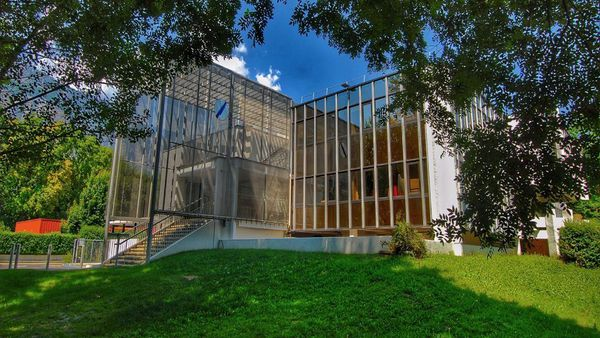 Le siège de l'association AGDUC à Meylan près de Grenoble