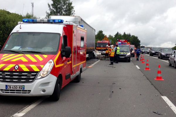 L'accident s'est produit à hauteur de Razès, sur l'A20, dans le sens nord-sud.