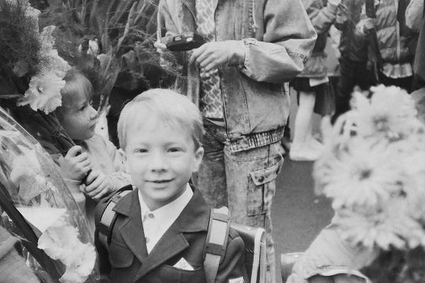 C'est un peu une tradition dans la Russie des années 80, on organise un fête lors du premier jour d'école.