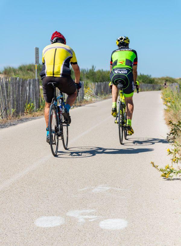 A Marseillan, au bord de l'étang de Thau, les infrastructures pour les cyclistes sont très appréciées.