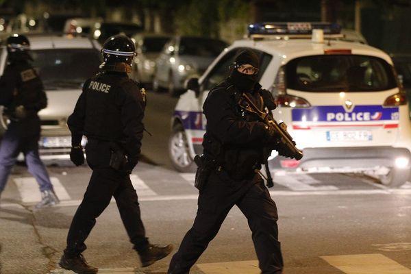 Nouvelle nuit de tensions dans certains quartiers des Hauts de-Seine